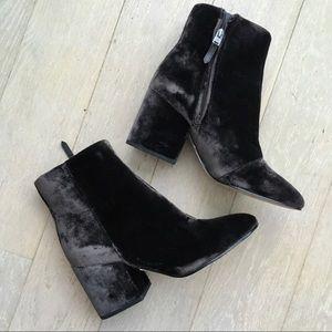 Sam Edelman Gray Velvet Booties Size 8